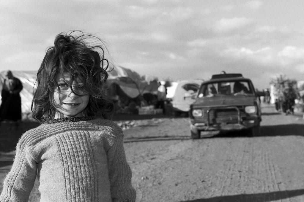 Syrien, Atma, 20 000 Fl?chtlinge leben unter katastrophalen Lebensbedingungen. Es gibt weder W?rme, Strom noch Wasser.