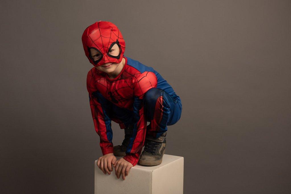 Spidermann auf dem Sprung