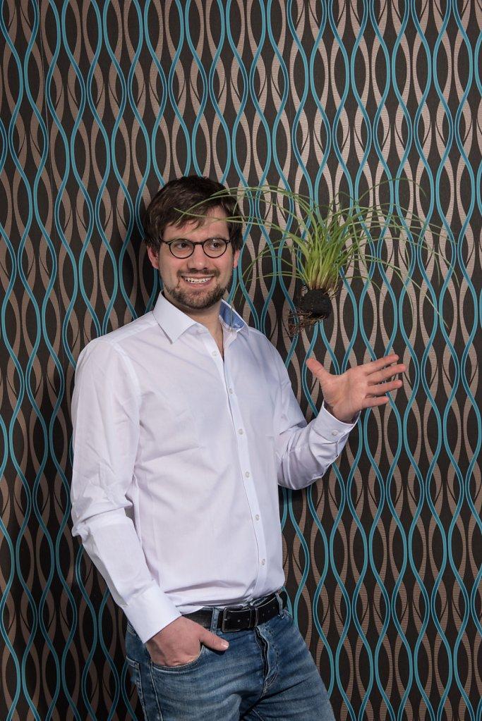 Portrait von Peter Koch f?r das Magazin B-EAT. Er produziert Miso Pasten im Schwarzwald (redaktionelle Fotografie, Charakter Portrait)